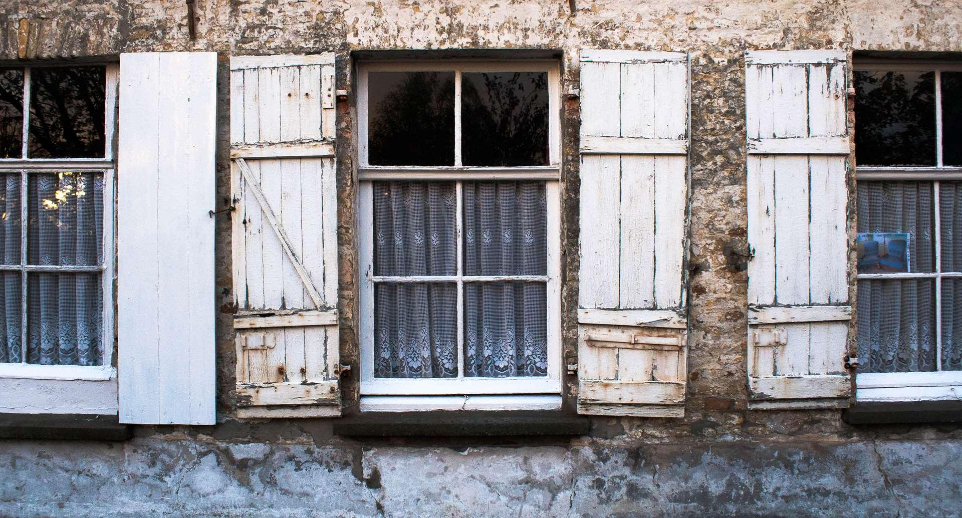 """""""- Que la vitre soit l'art, soit la mysticité"""""""